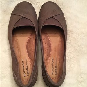Rock port loafers, 8.5 W, brown suede.